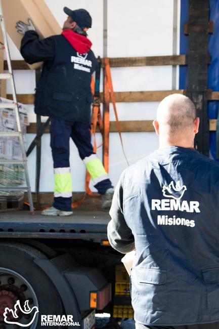 remar ong contenedores ayuda humanitaria voluntariado